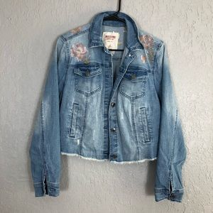 Mossimo light denim jean embroidered floral jacket